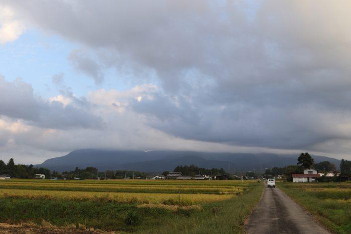 10月3日(水) AM 6:34 前橋市苗ケ島町